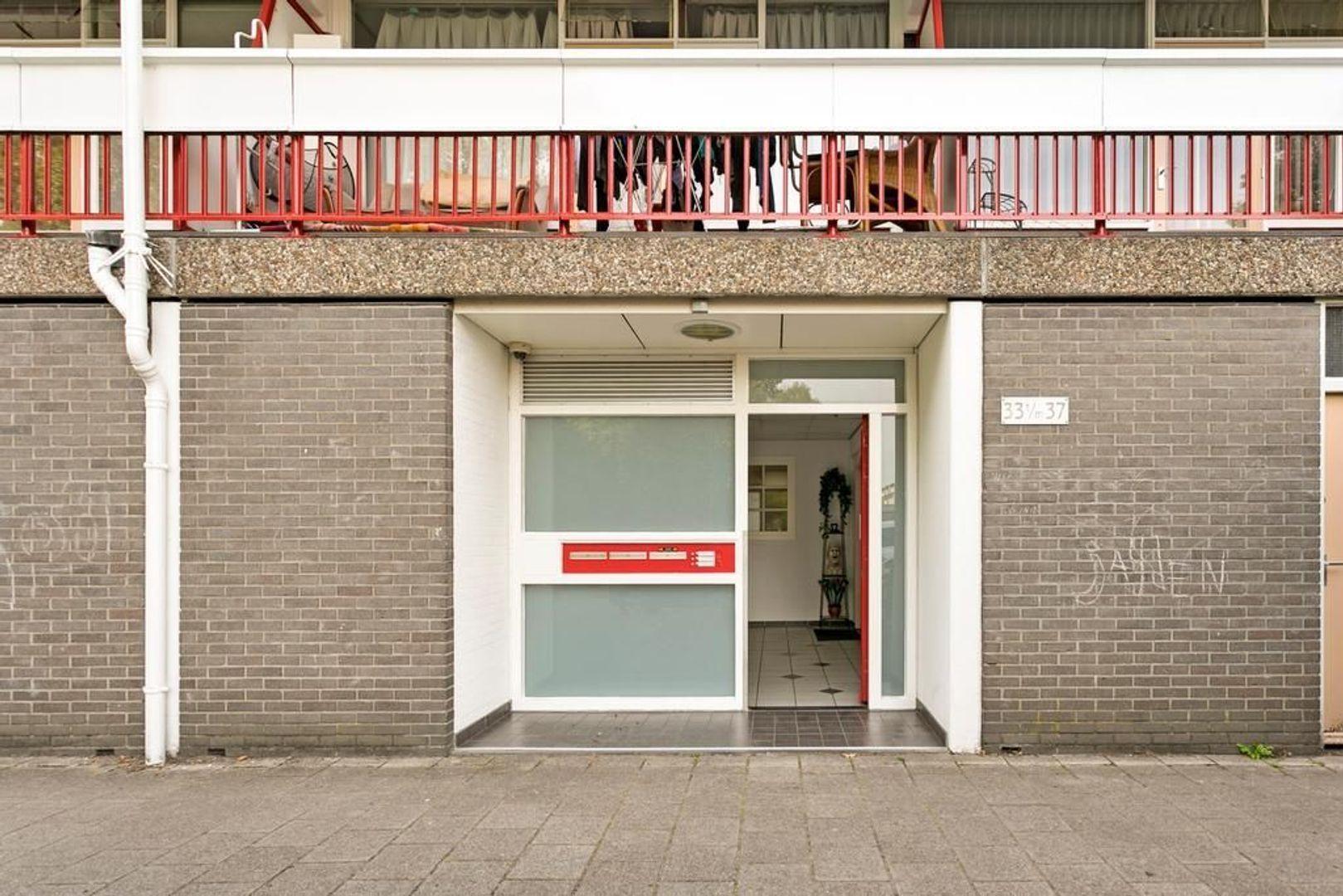 Zjoekowlaan 37, Delft foto-6
