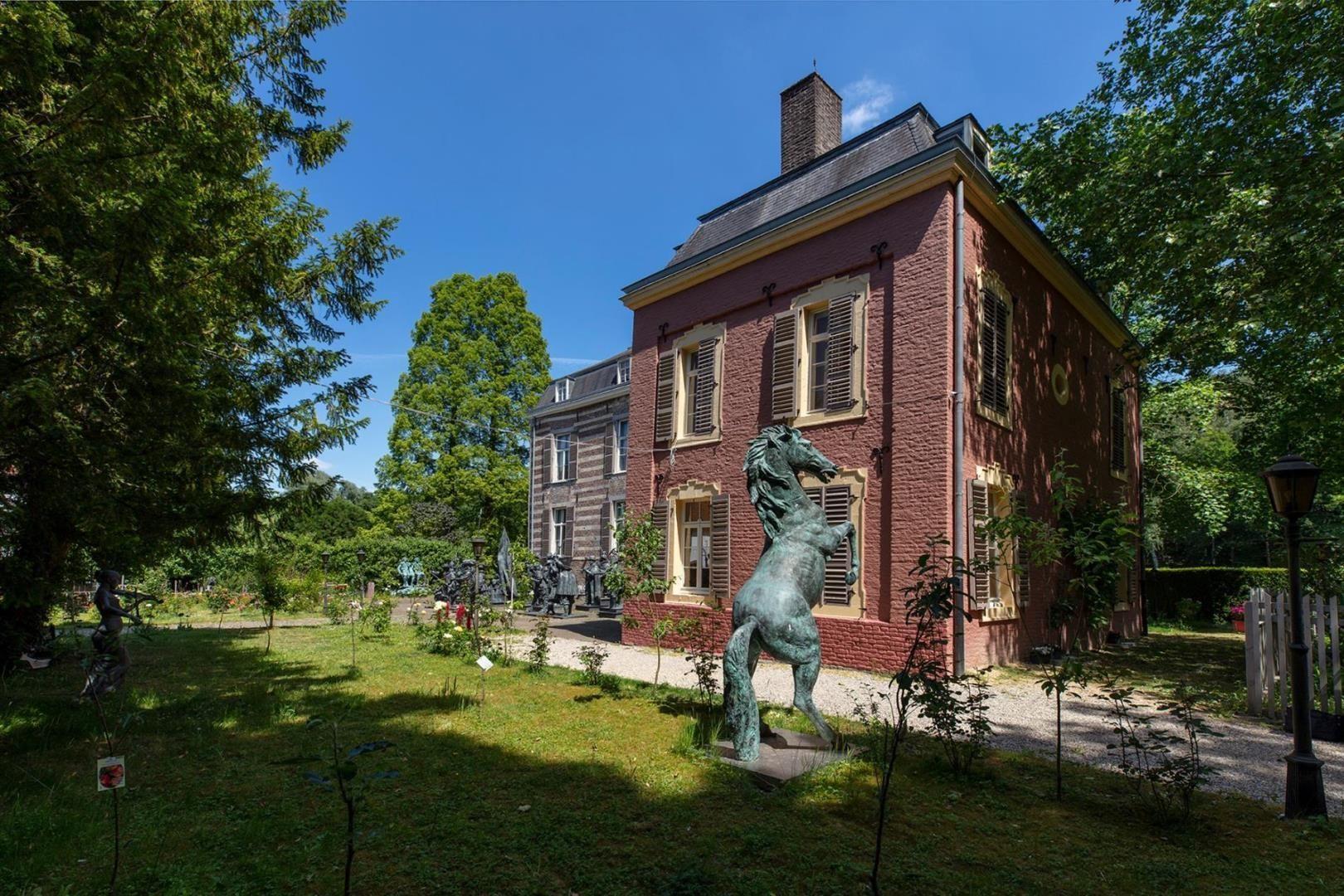 Rouenhof 19