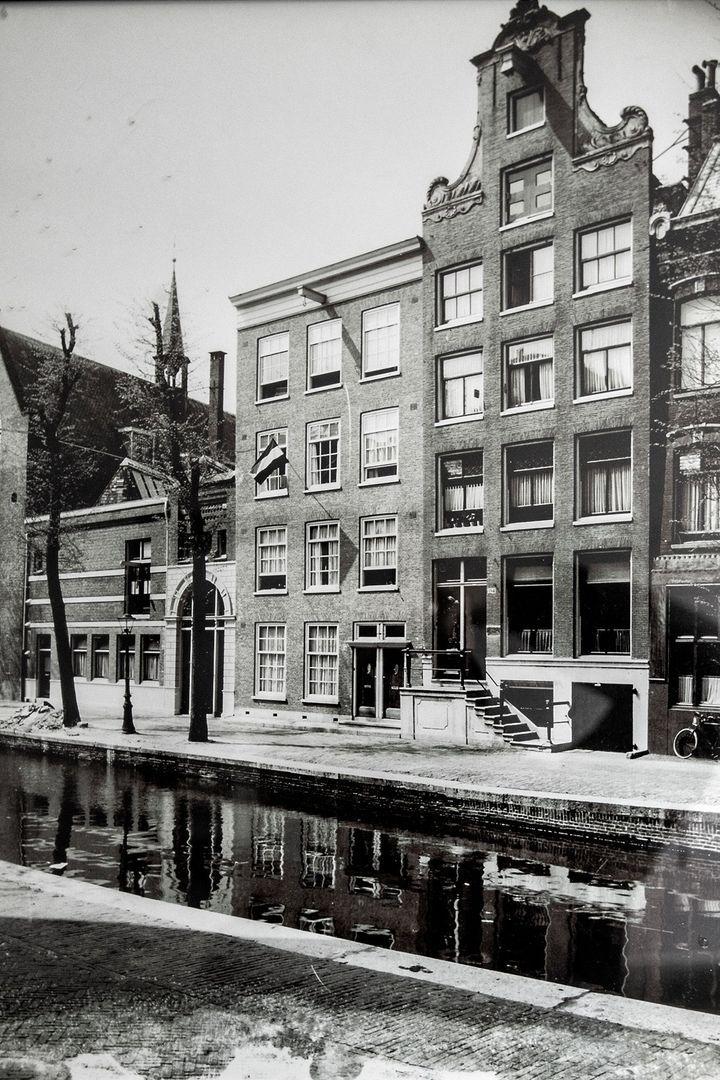 Oudezijds Achterburgwal 196 II, Amsterdam foto-