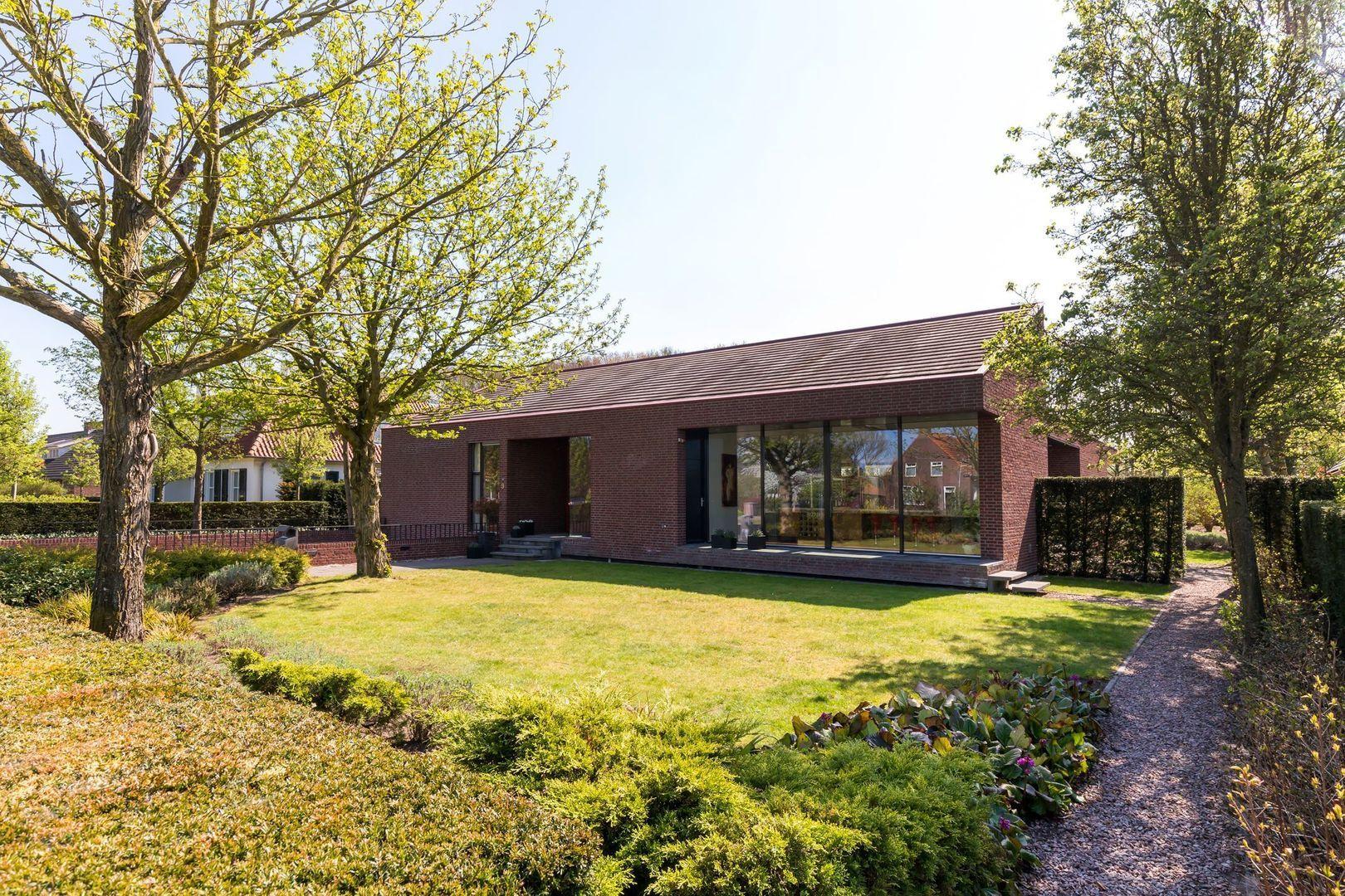 Vrachelsedijk 9, Oosterhout foto-