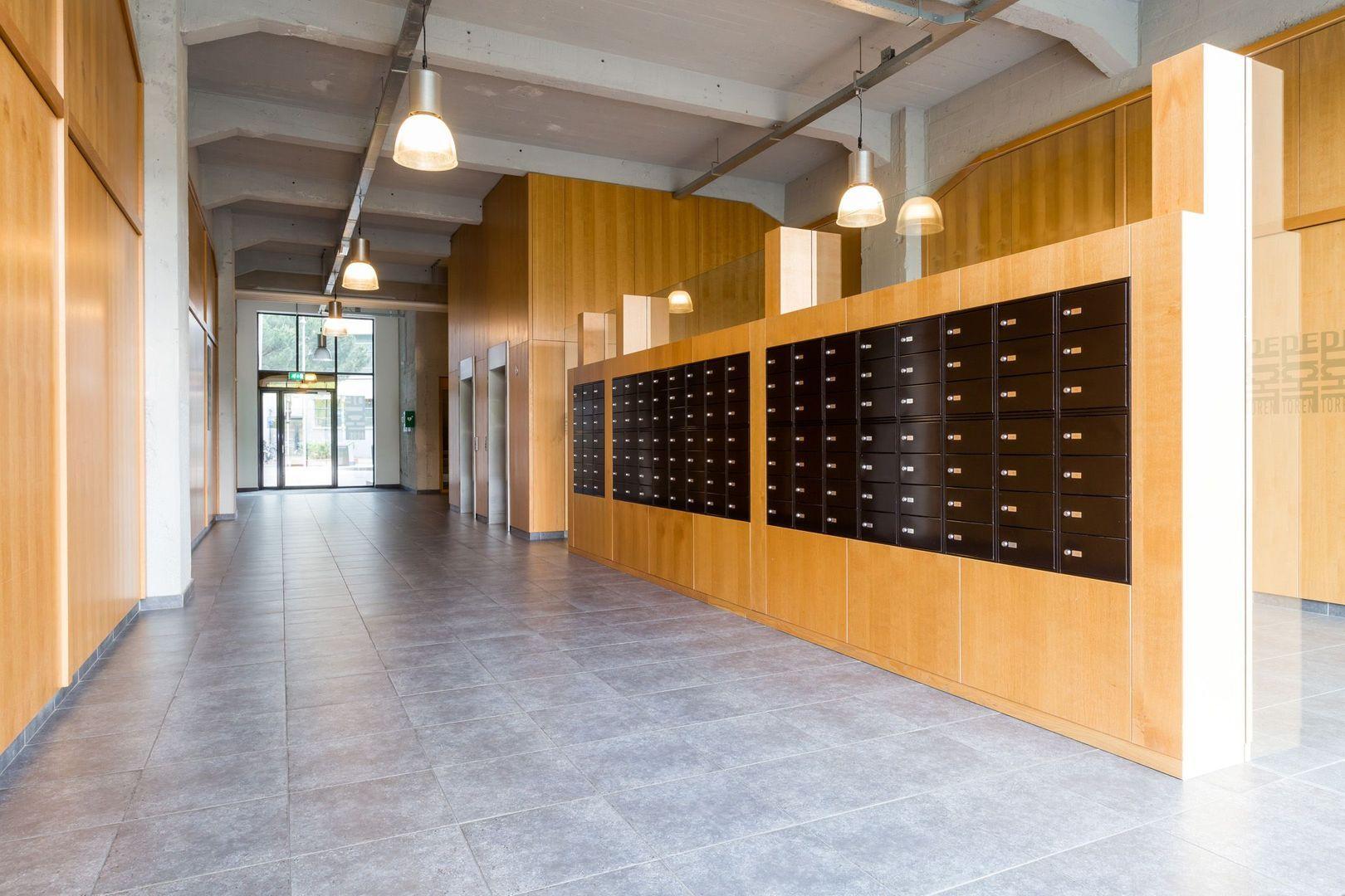 Lichttoren 140, Eindhoven foto-