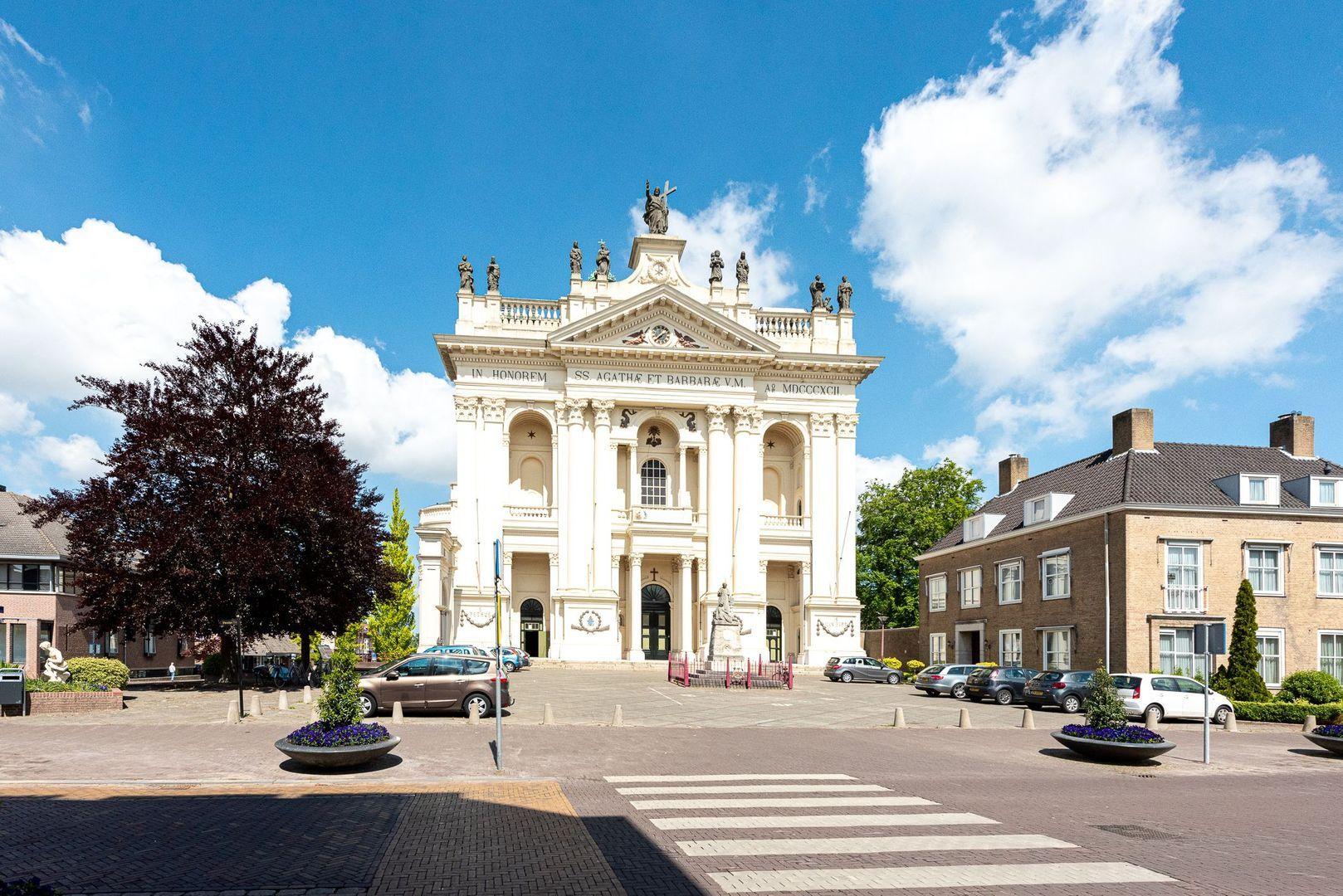Ste Bernaertsstraat 6, Oudenbosch foto-