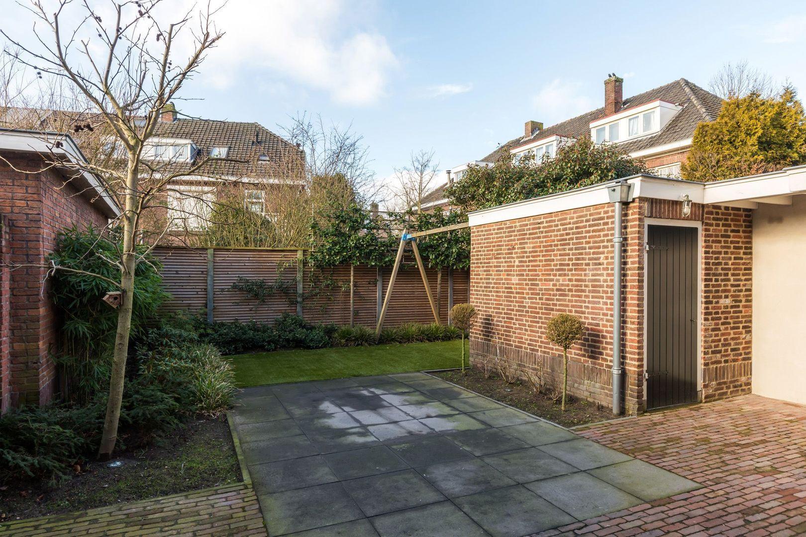 Leeuweriklaan 4, Eindhoven foto-