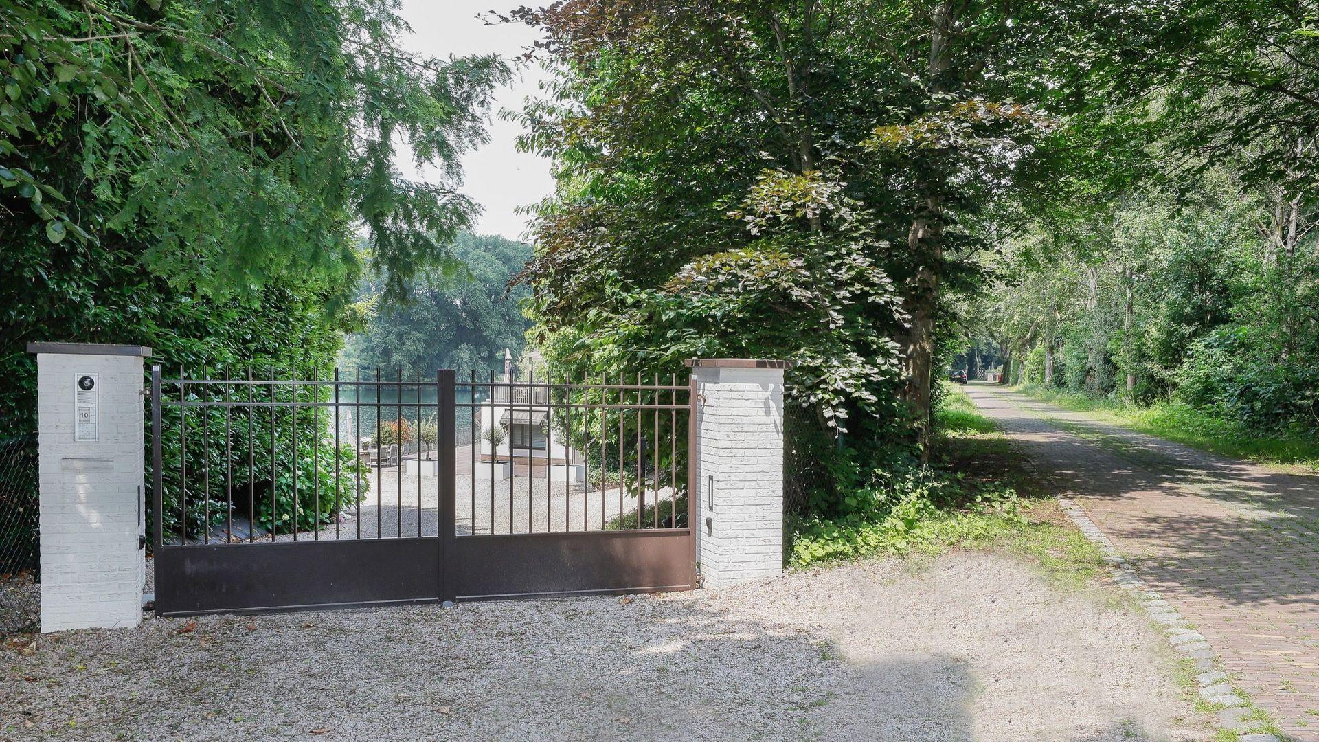 Stationsweg 10, Hedel foto-