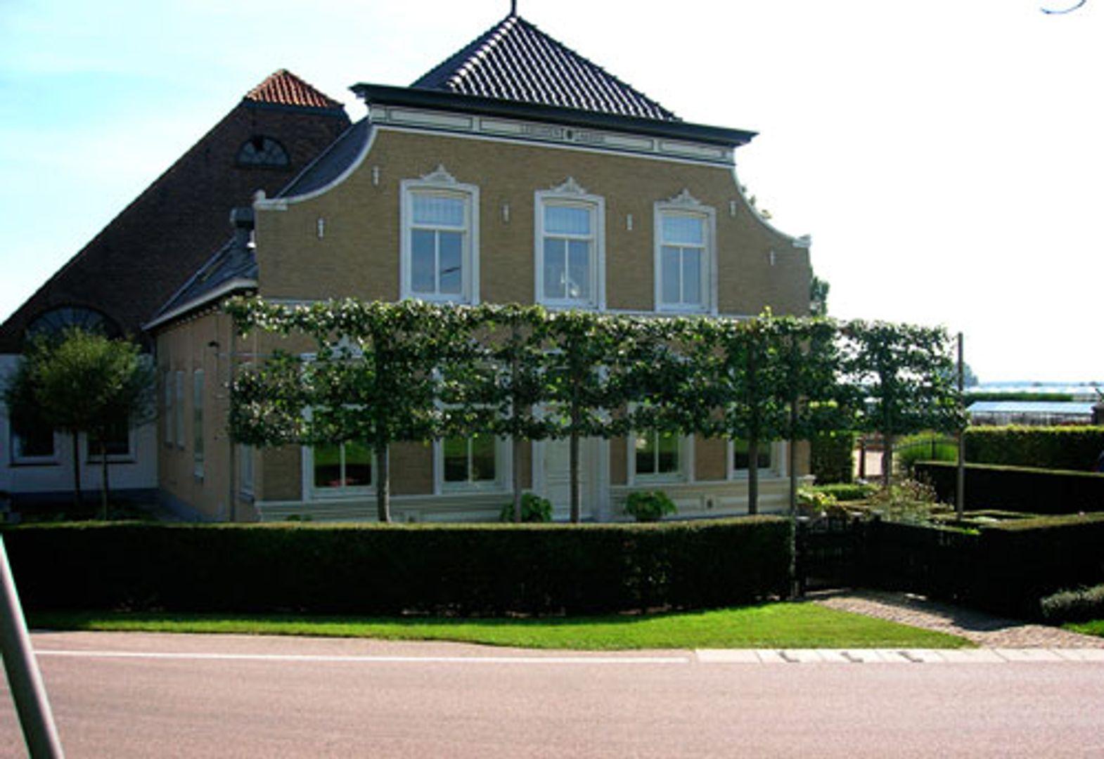 Leeuwenhoekweg 90 /92, Bergschenhoek foto-