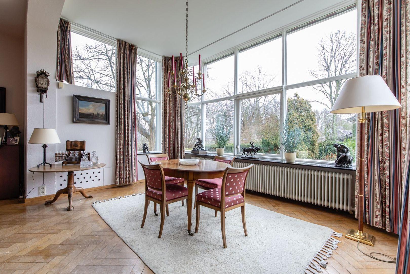 Laan van Woudestein 27, Rotterdam foto-