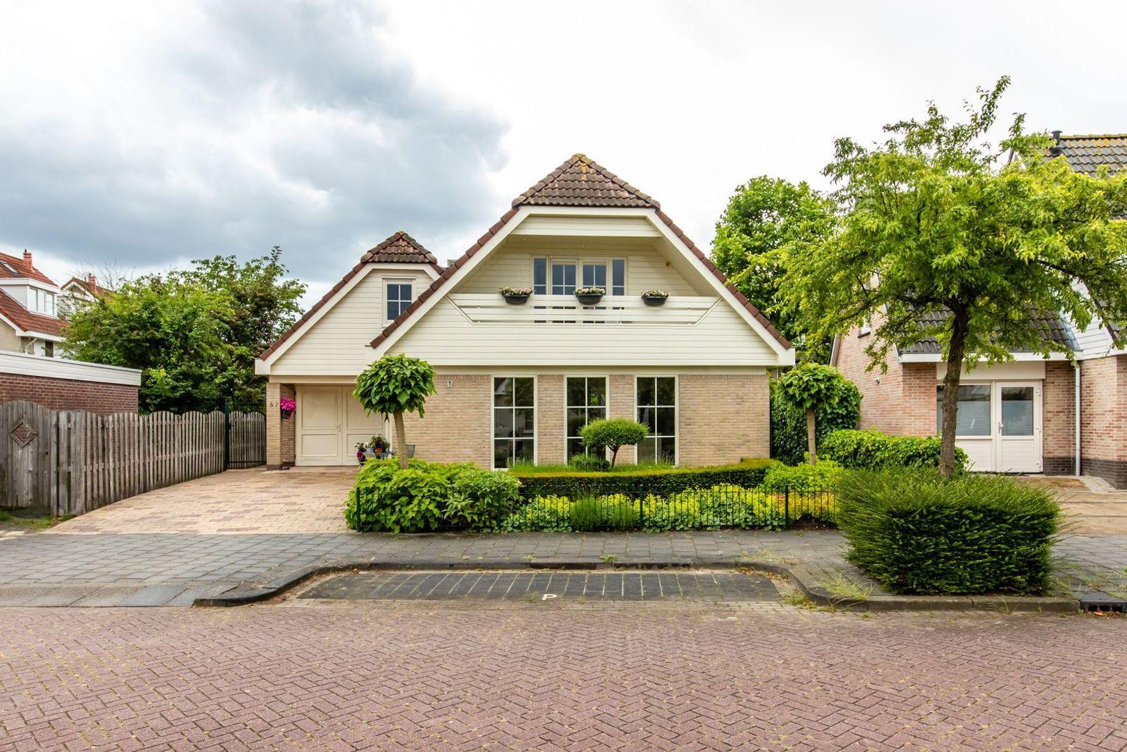 Pieter Johan Tijkenstraat 27, Poortugaal foto-