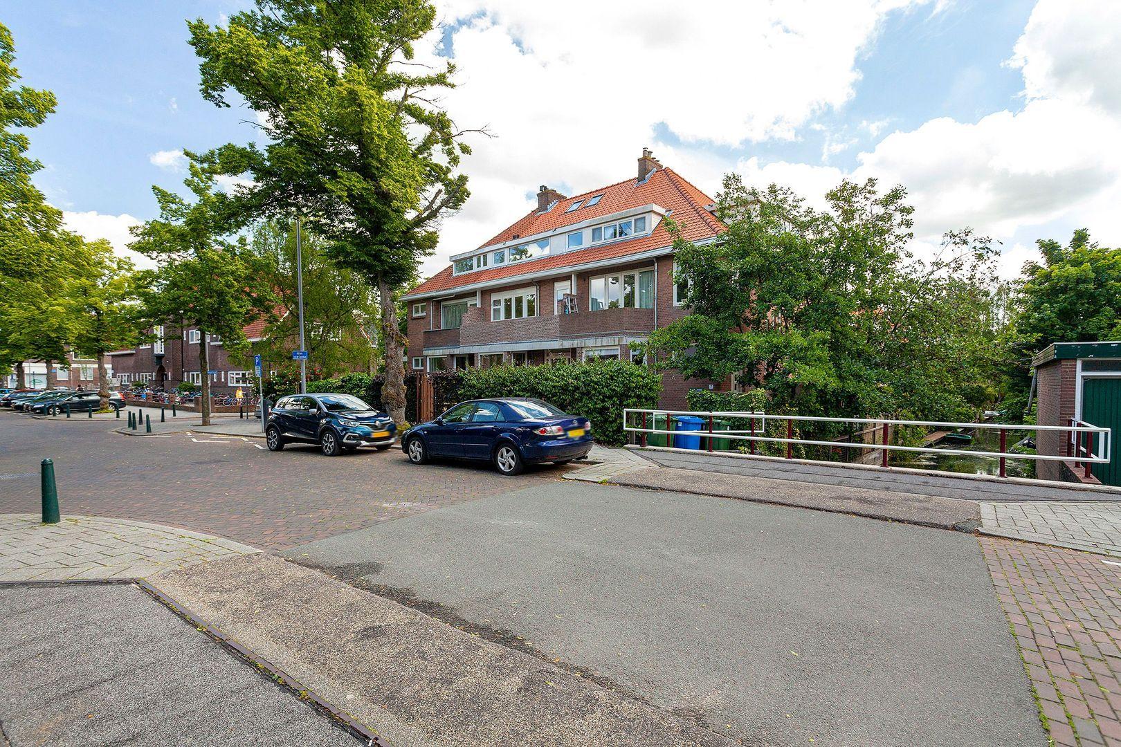 Adriaen van der Doeslaan 9, Rotterdam foto-