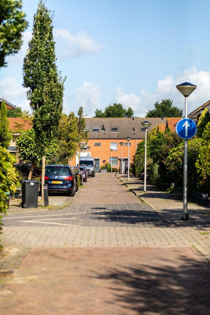 Lelyweg 17, Bergschenhoek foto-