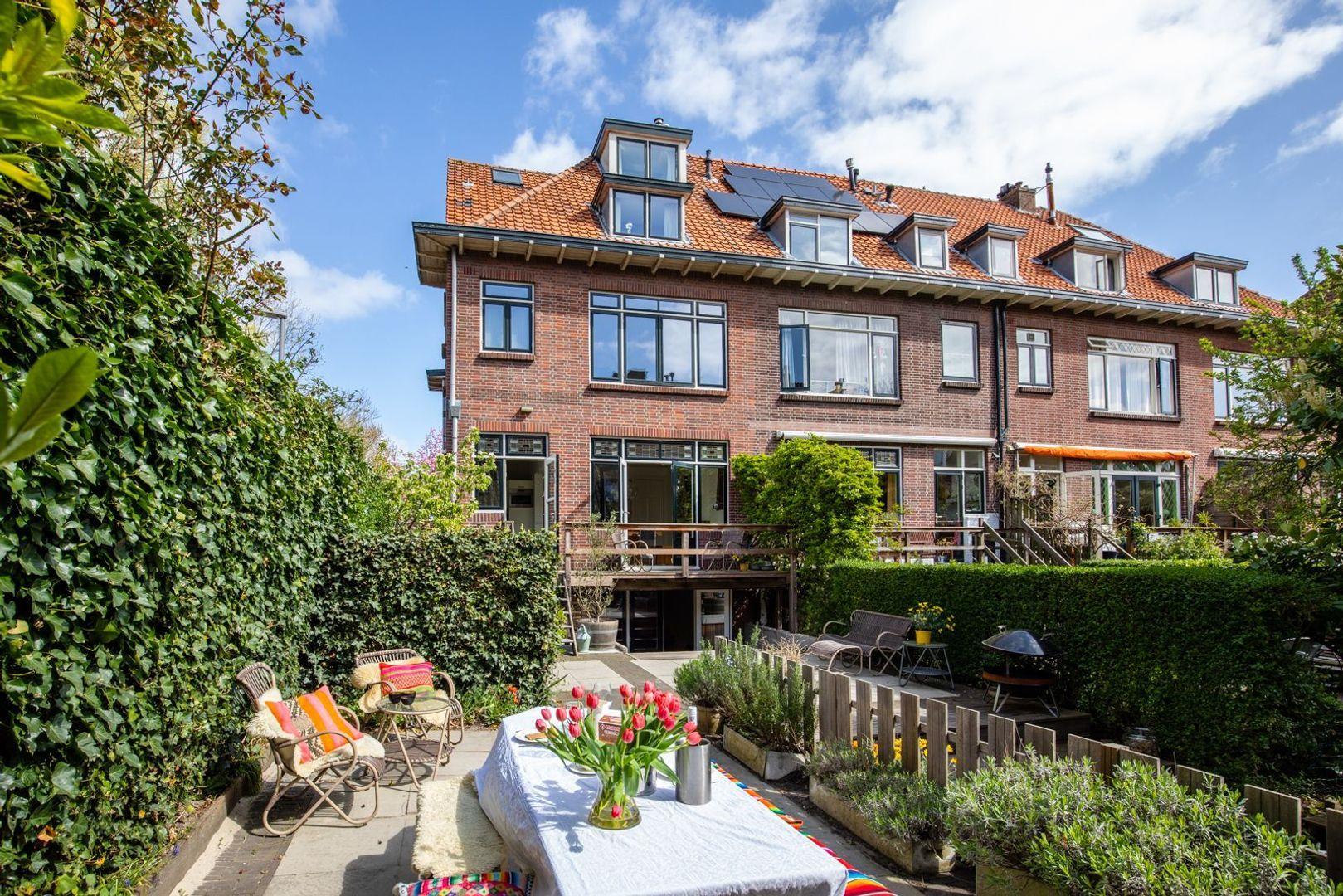 Jan van Ghestellaan 57, Rotterdam foto-