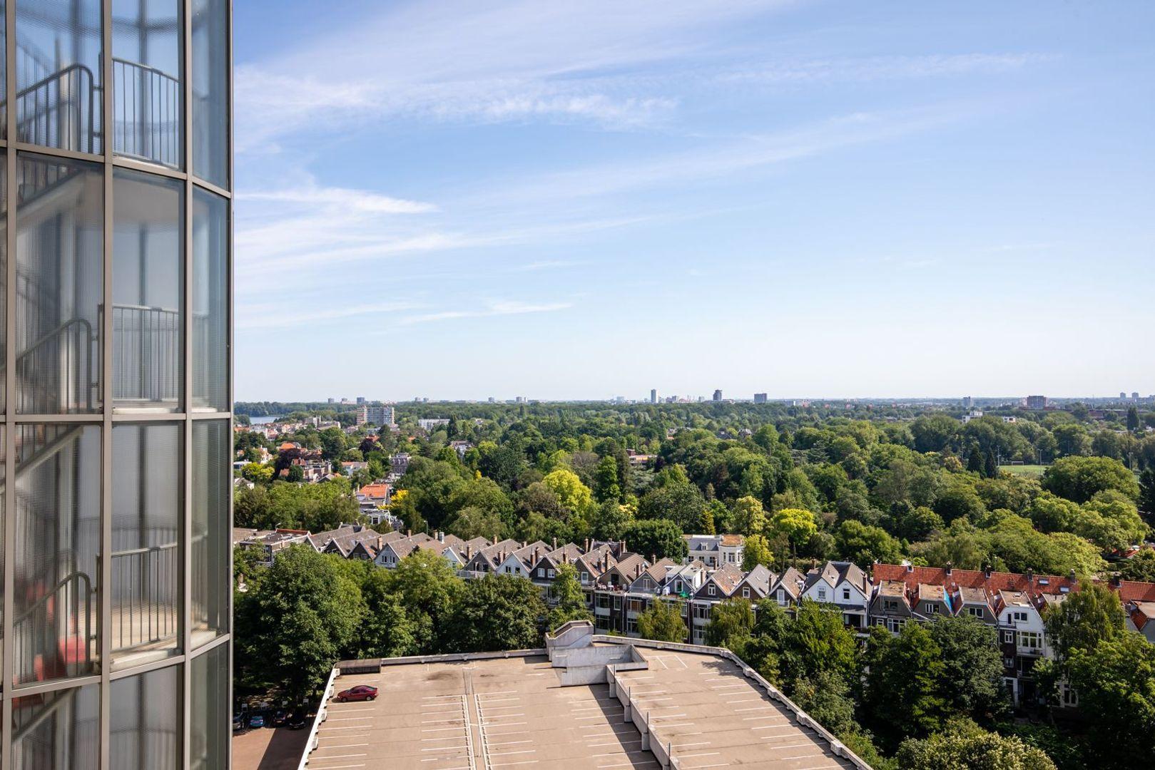 Oostmaaslaan 894, Rotterdam foto-