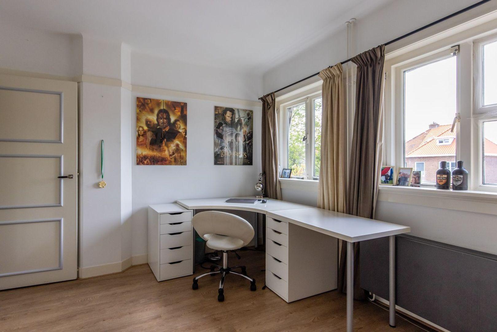 Willem de Zwijgerlaan 23, Schiedam foto-