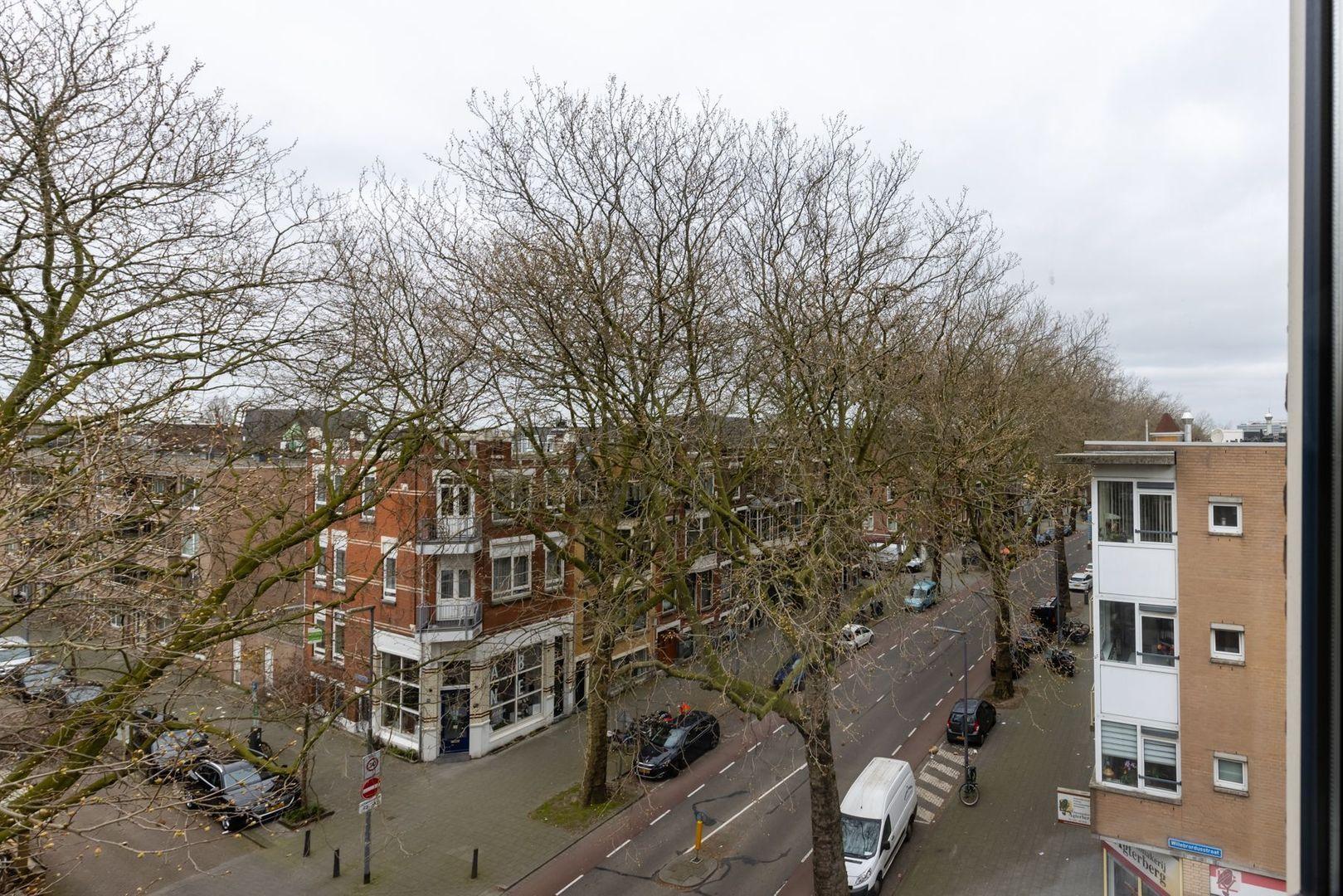 Rodenrijselaan 56, Rotterdam foto-
