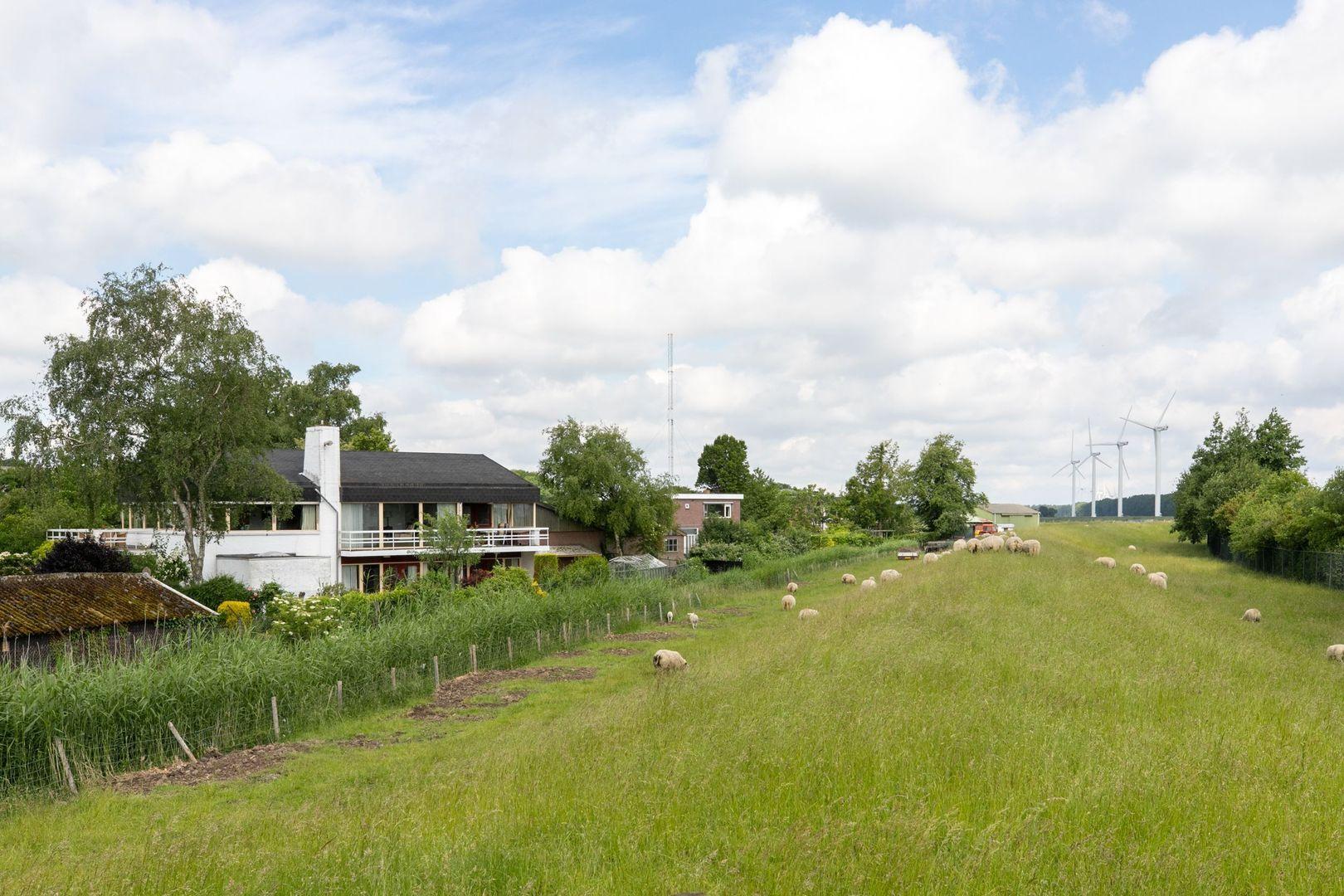 Zeedijk 38, Stad Aan 't Haringvliet foto-