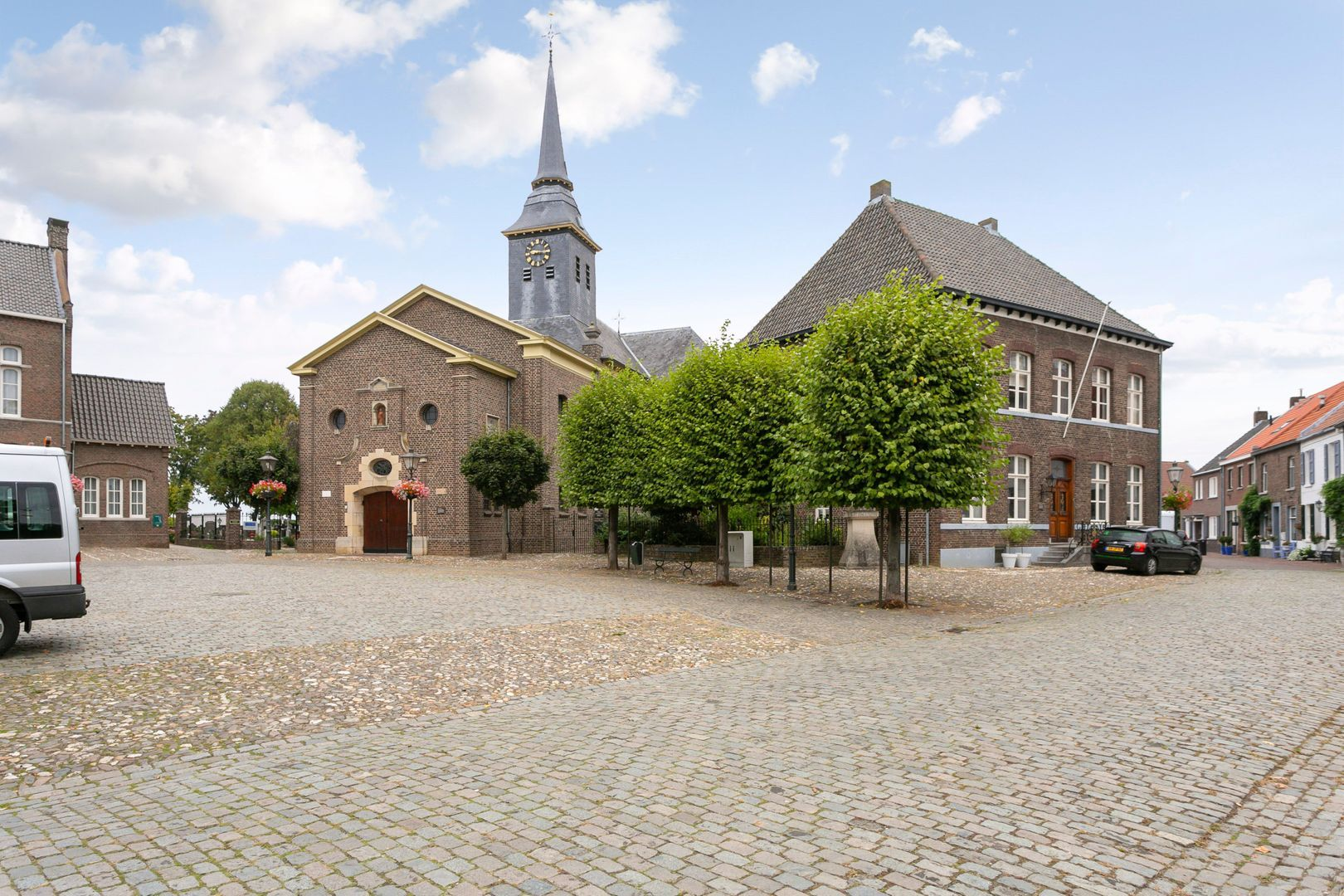 Jan van Steffeswertplein 16, Stevensweert foto-