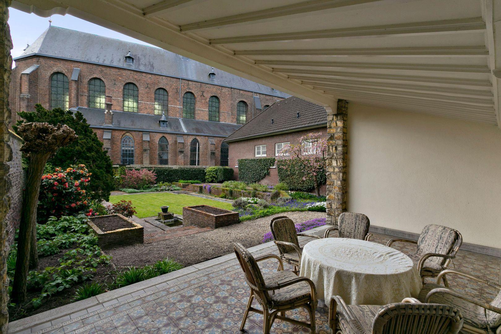 Swalmerstraat 102, Roermond foto-