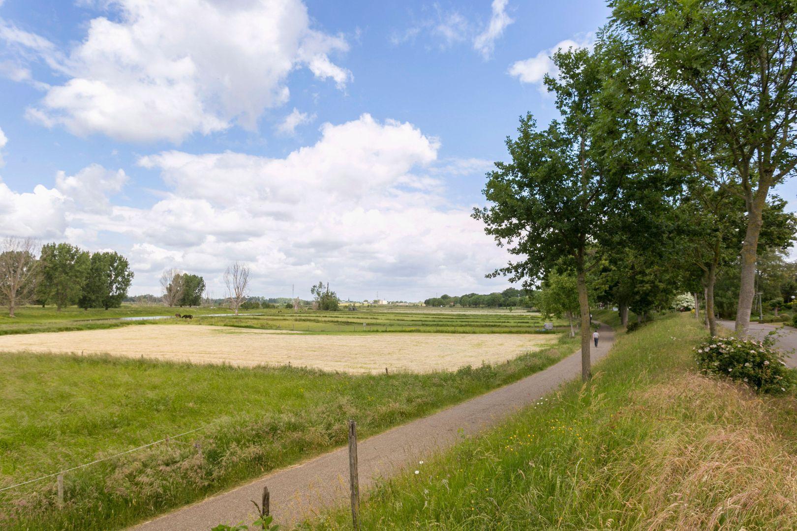 Roroweg 6, Roermond foto-