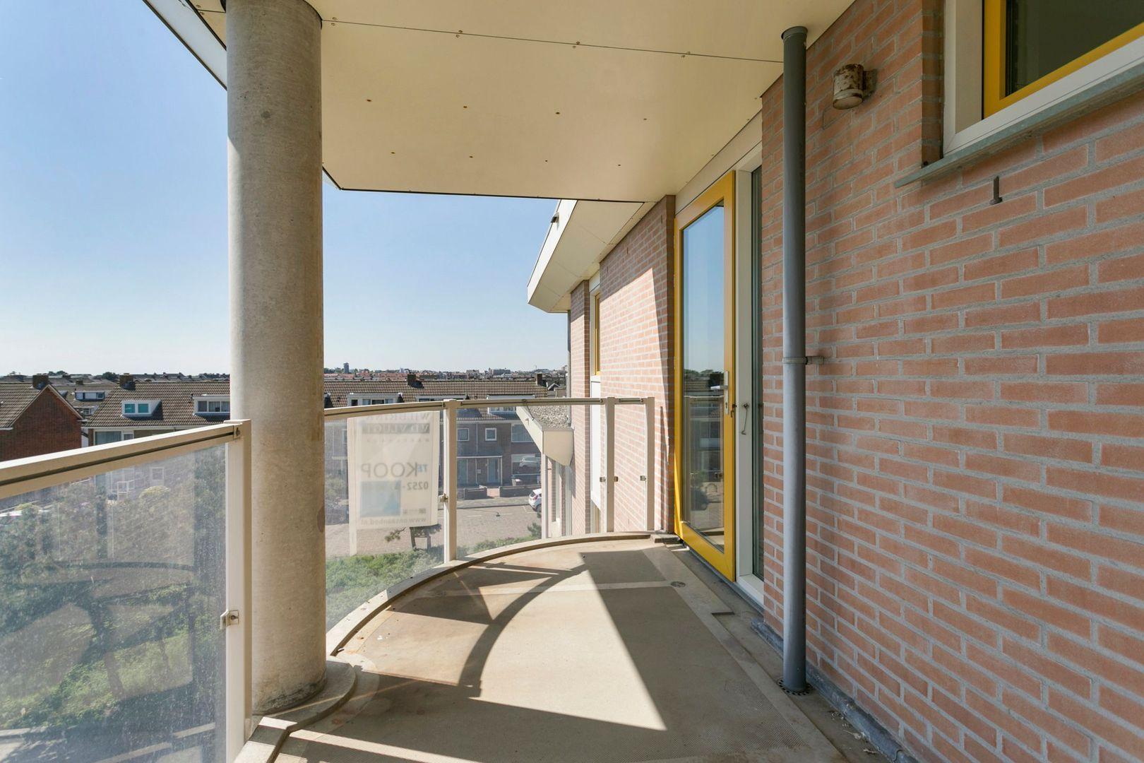 Groot Hoogwaak 213, Noordwijk foto-