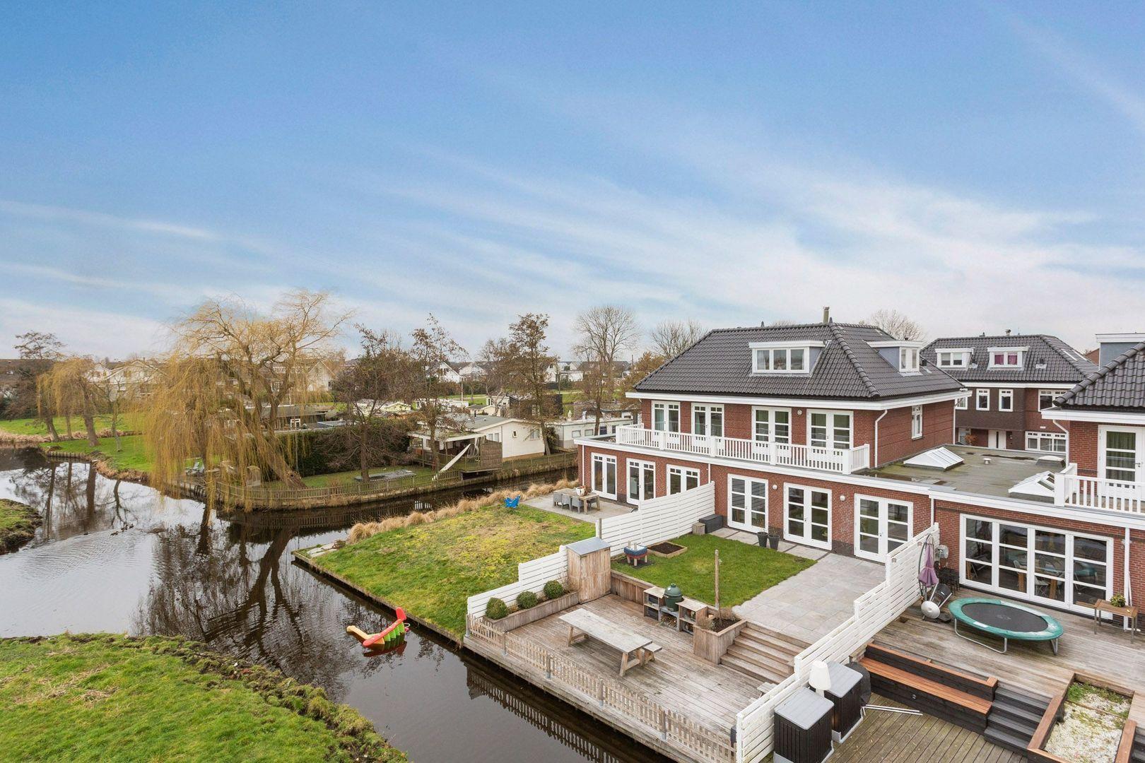 Prins Willem-Alexanderlaan 53, Kaag foto-