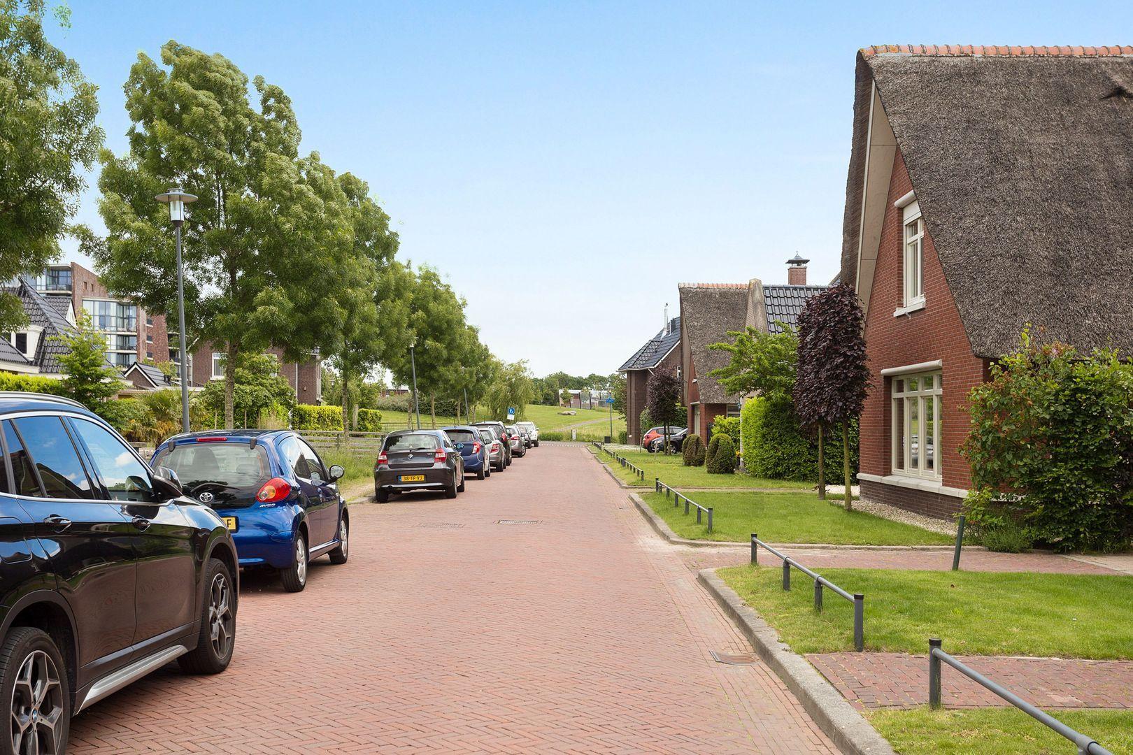 Willem C. Brouwerlaan 7, Leiderdorp foto-