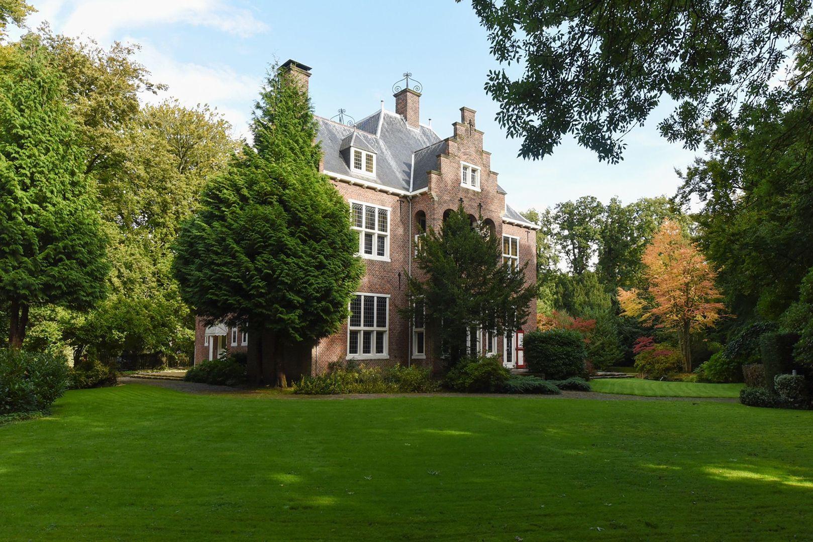 Raadhuislaan 1, Wassenaar foto-