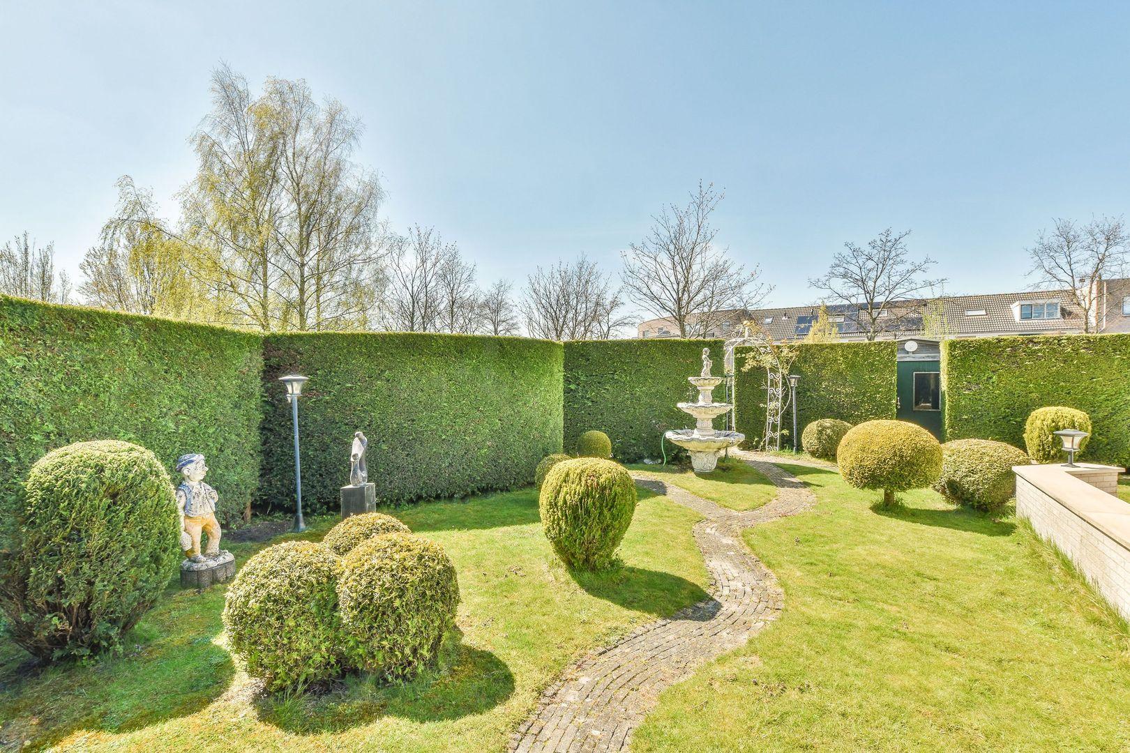 Elzenhorst 1, Voorhout foto-