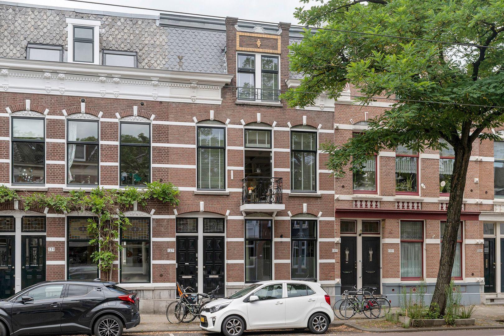 Bergweg 137, Rotterdam foto-