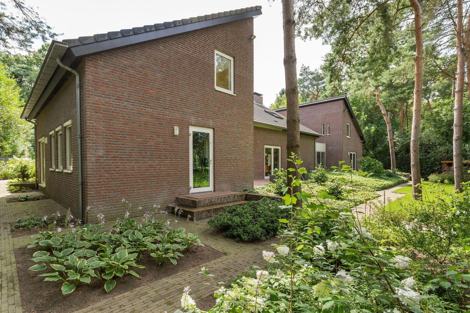 Reeshofdijk 7, Tilburg foto-