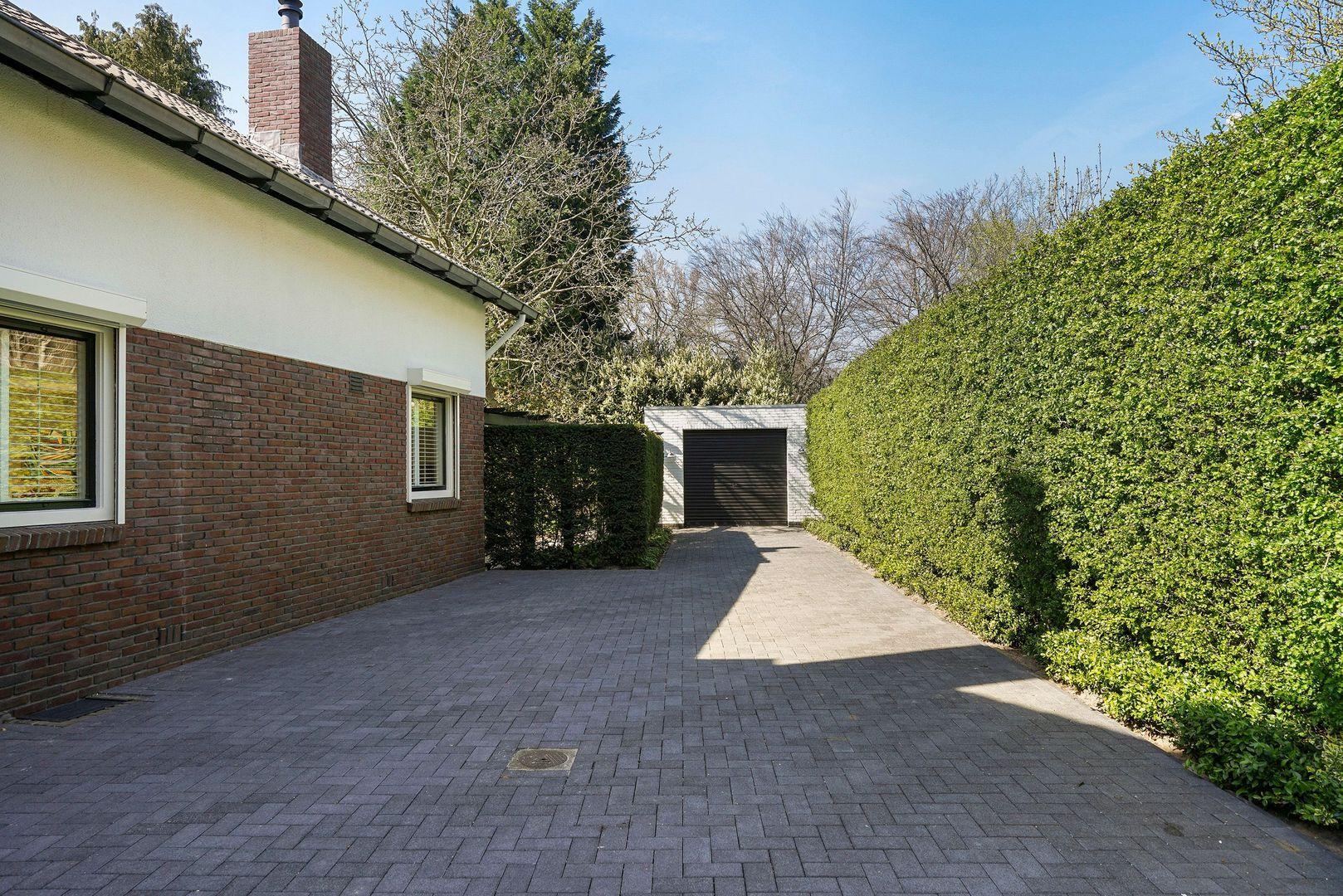 Hogeschoollaan 235, Tilburg foto-