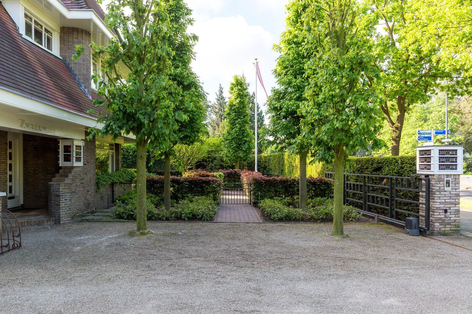 Aarle-Rixtelseweg 2, Helmond foto-