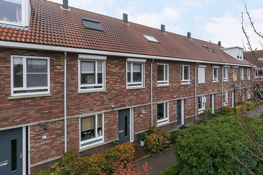 Clausplein 8