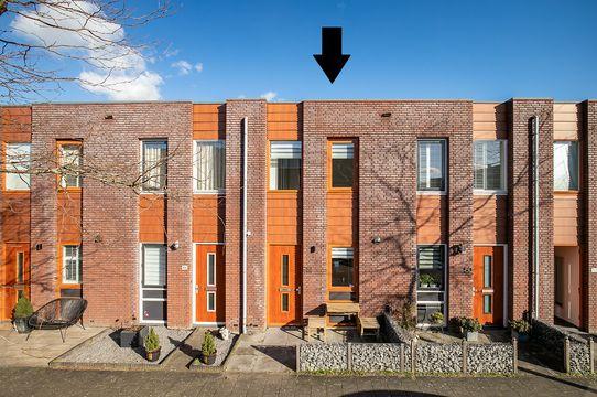 Opper Van Treurenstraat 48