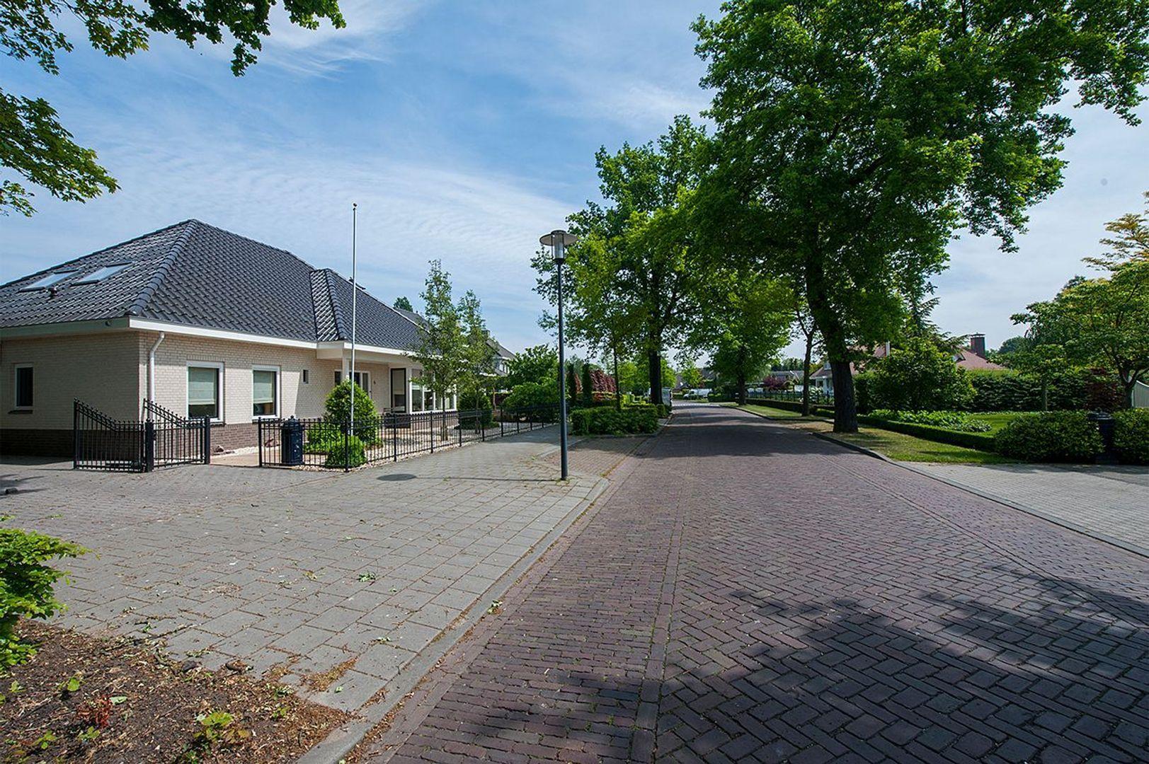 Moorvensedijk 5, Nuenen foto-