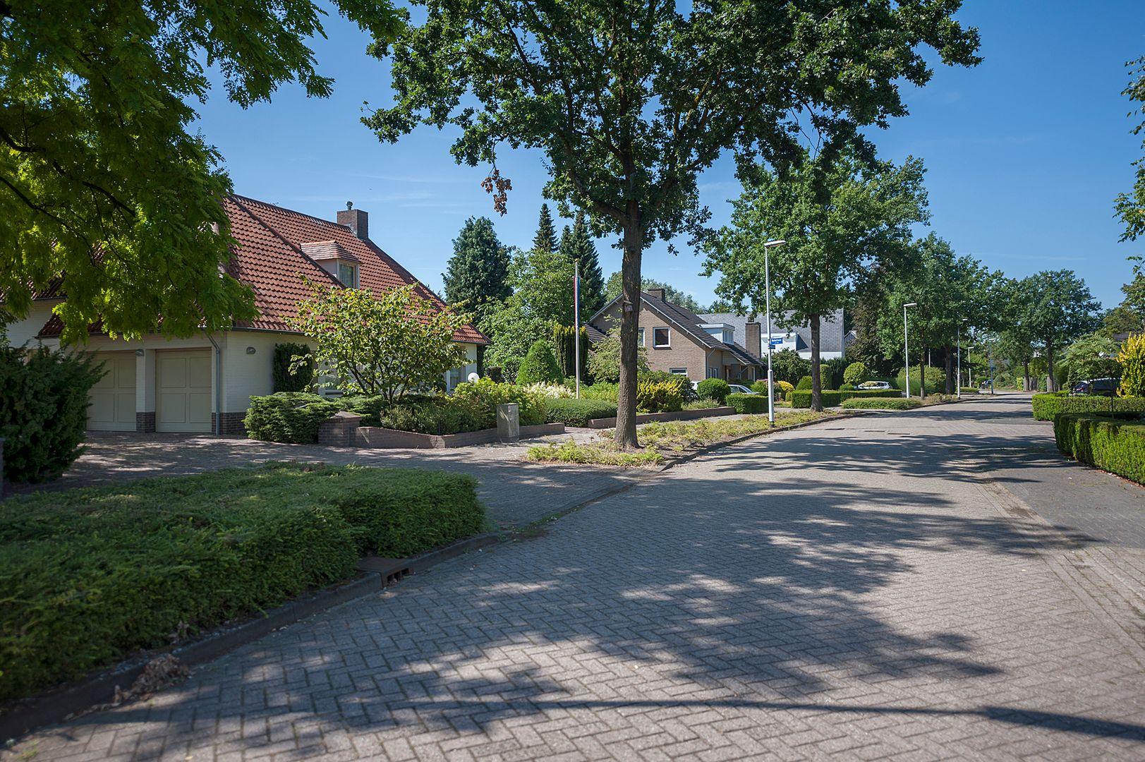 Ministerlaan 30, Eindhoven foto-