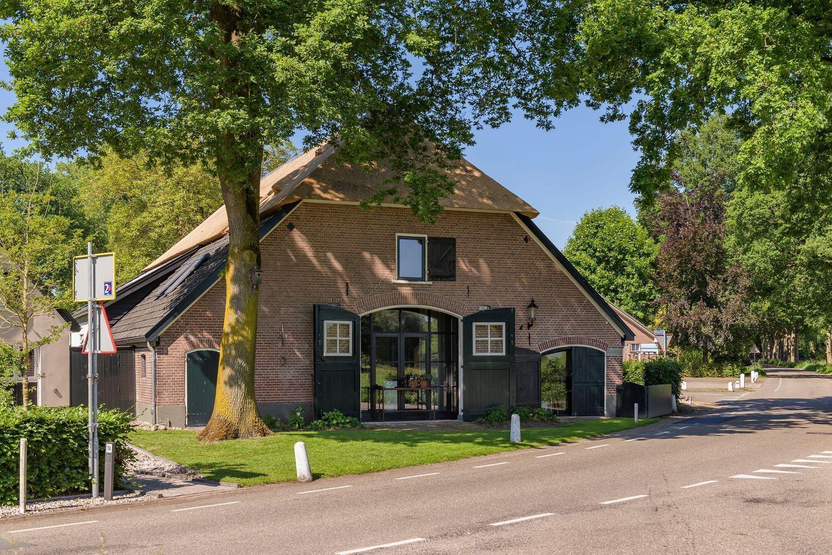 Bosjeslaan 1, Beekbergen foto-