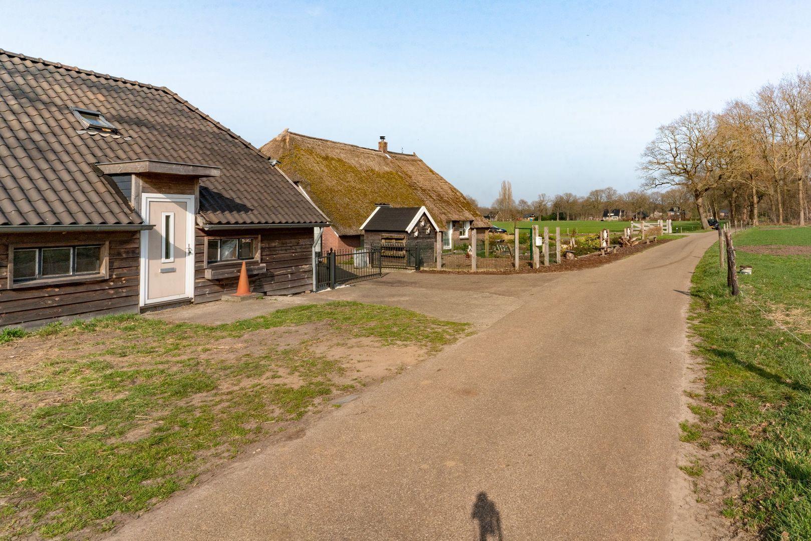 Veerweg 2, Dalfsen foto-