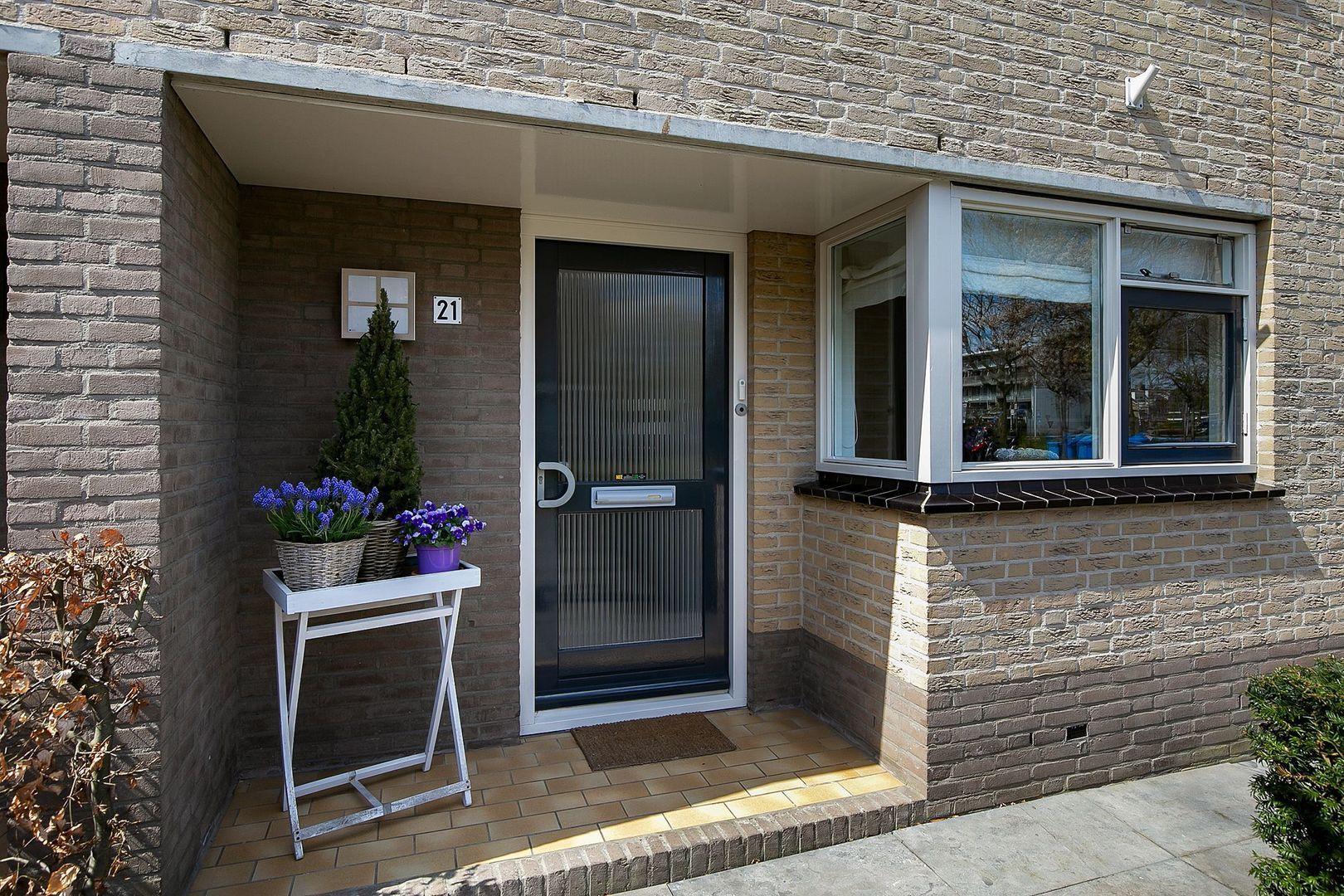 Opaalstraat 21, Alphen Aan Den Rijn foto-