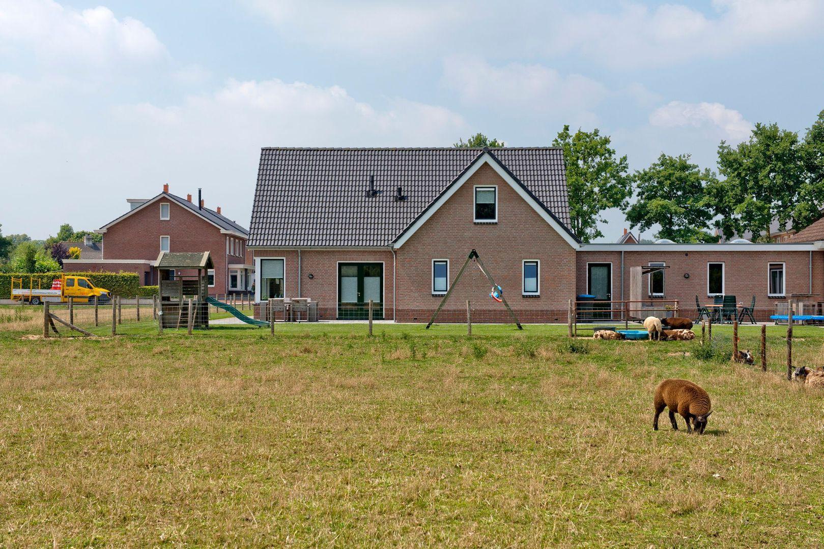 Terweistraat 2 ., Zoelen foto-