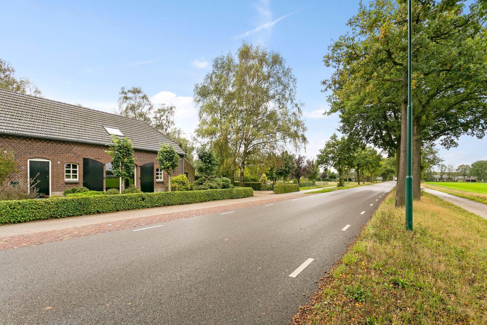 Hoogeweg 6, Escharen foto-