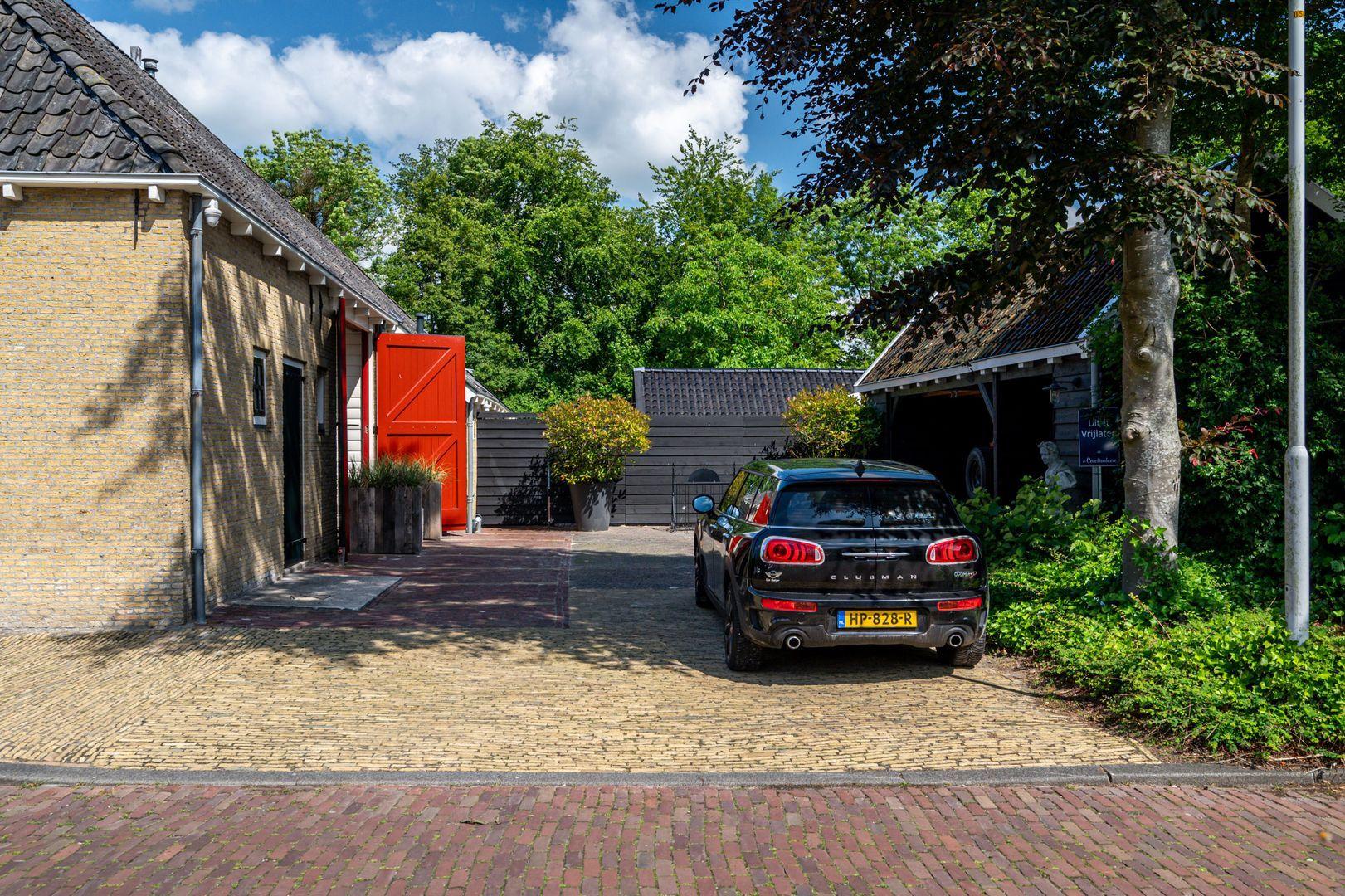 Hoofdstraat 2, Beetsterzwaag foto-