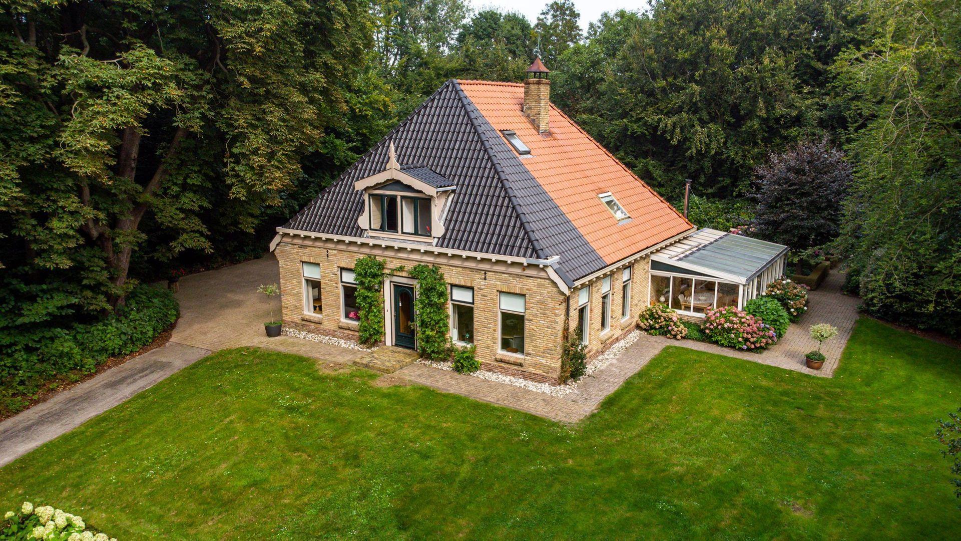 Leeuwarderstraatweg 134, Heerenveen foto-