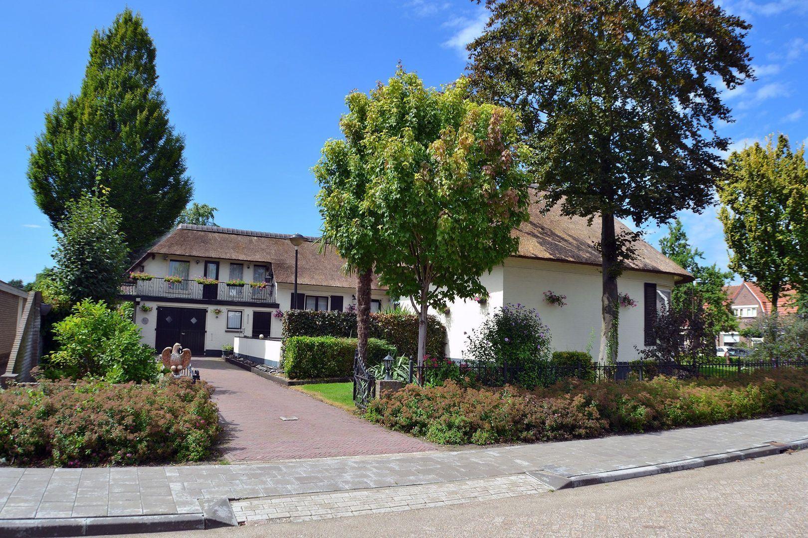 Oude Bredaseweg 98, Etten-Leur foto-