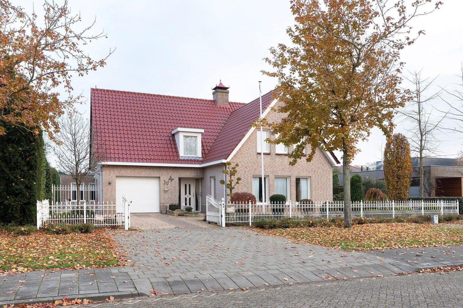 Velletriweg 2 C, Oudenbosch foto-