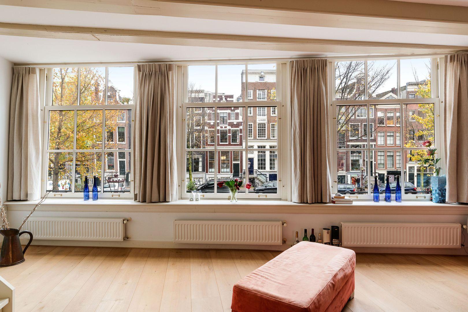 Oudezijds Voorburgwal 126 A+B, Amsterdam foto-