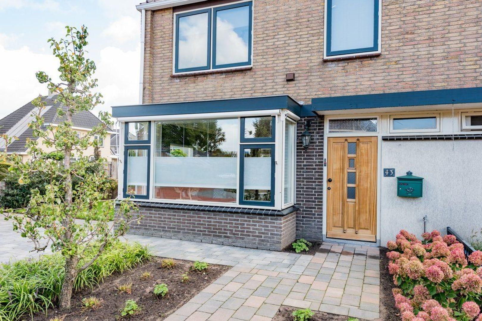 Beatrixstraat 43, Nijkerk foto-1