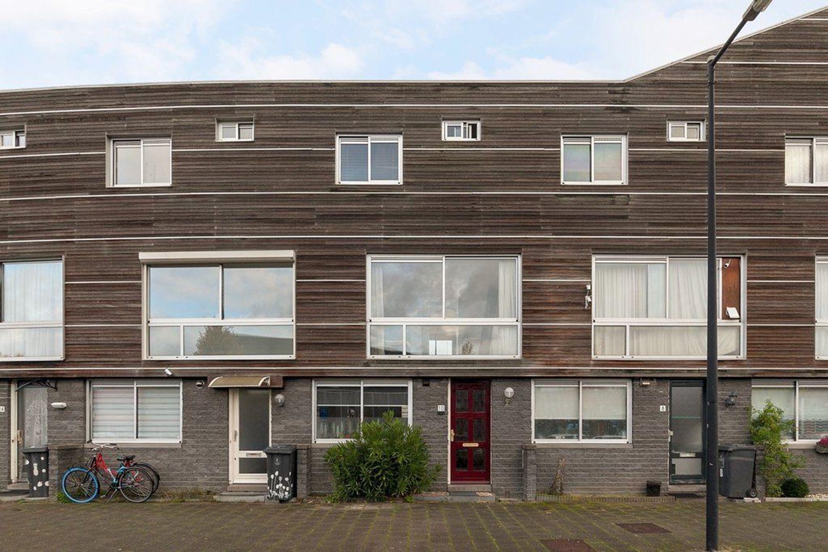 Clara Zetkinstraat 10, Amsterdam foto-0