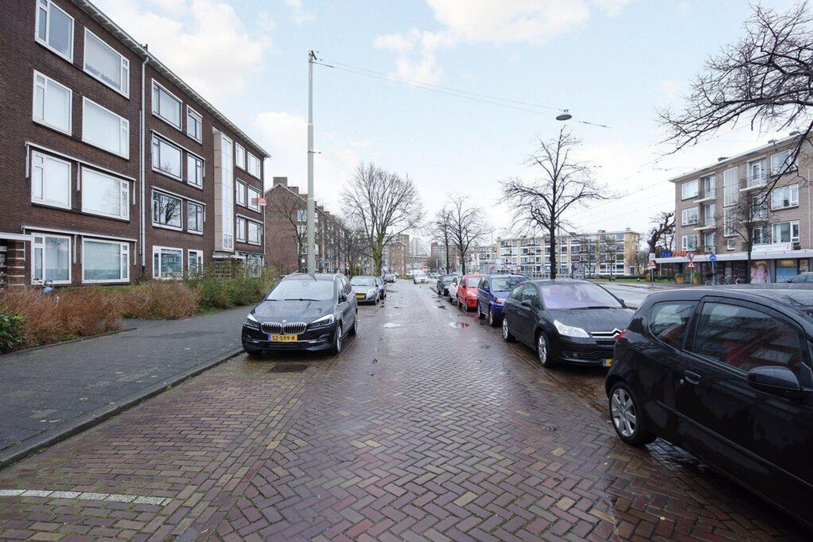 Koningin Julianalaan 151, Voorburg foto-3