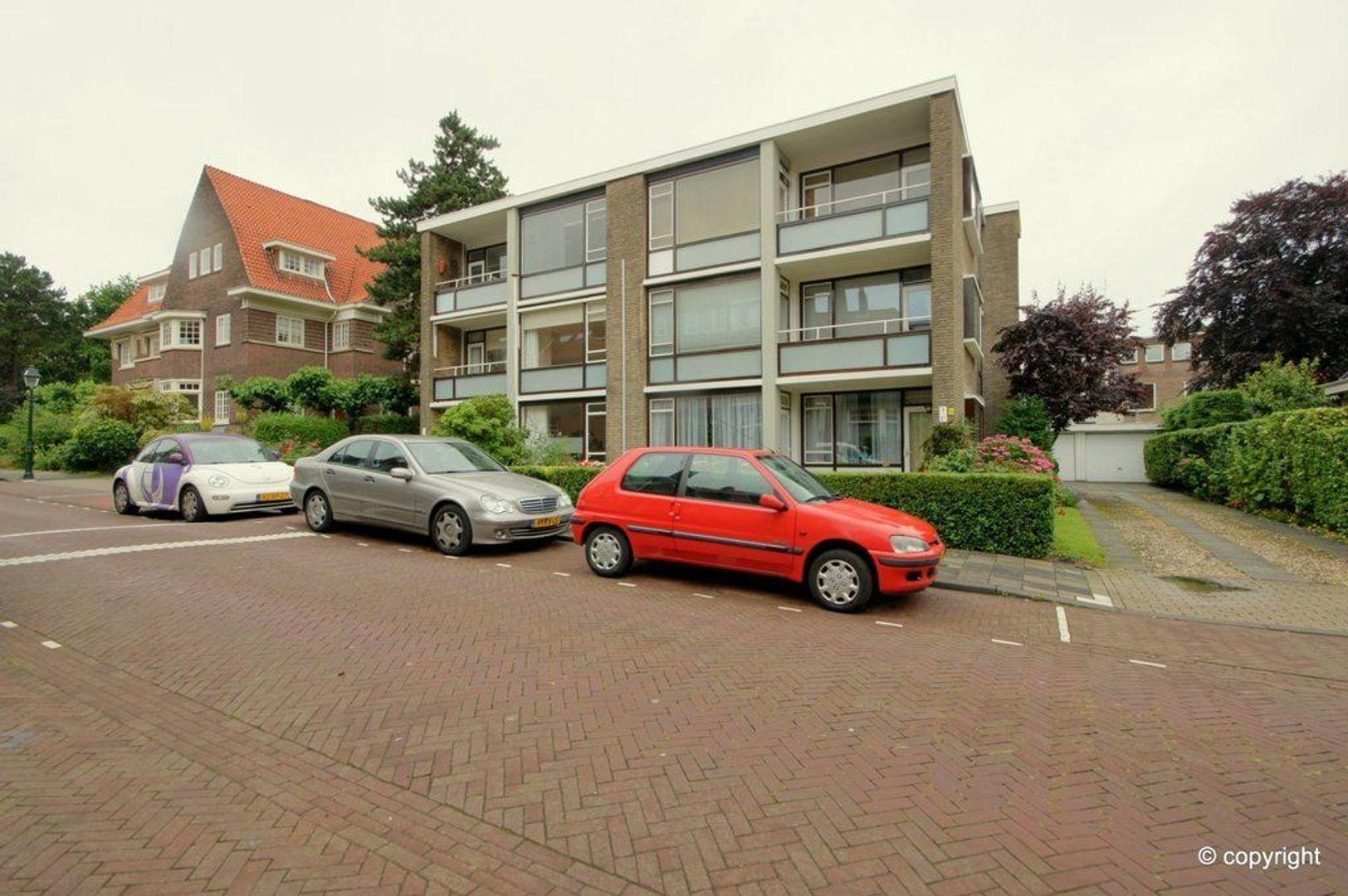 Van Dorpstraat 1 E, Den Haag foto-2