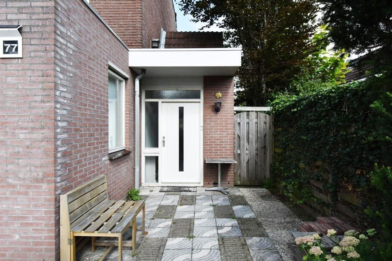 Doornenburg 77, Leidschendam foto-2