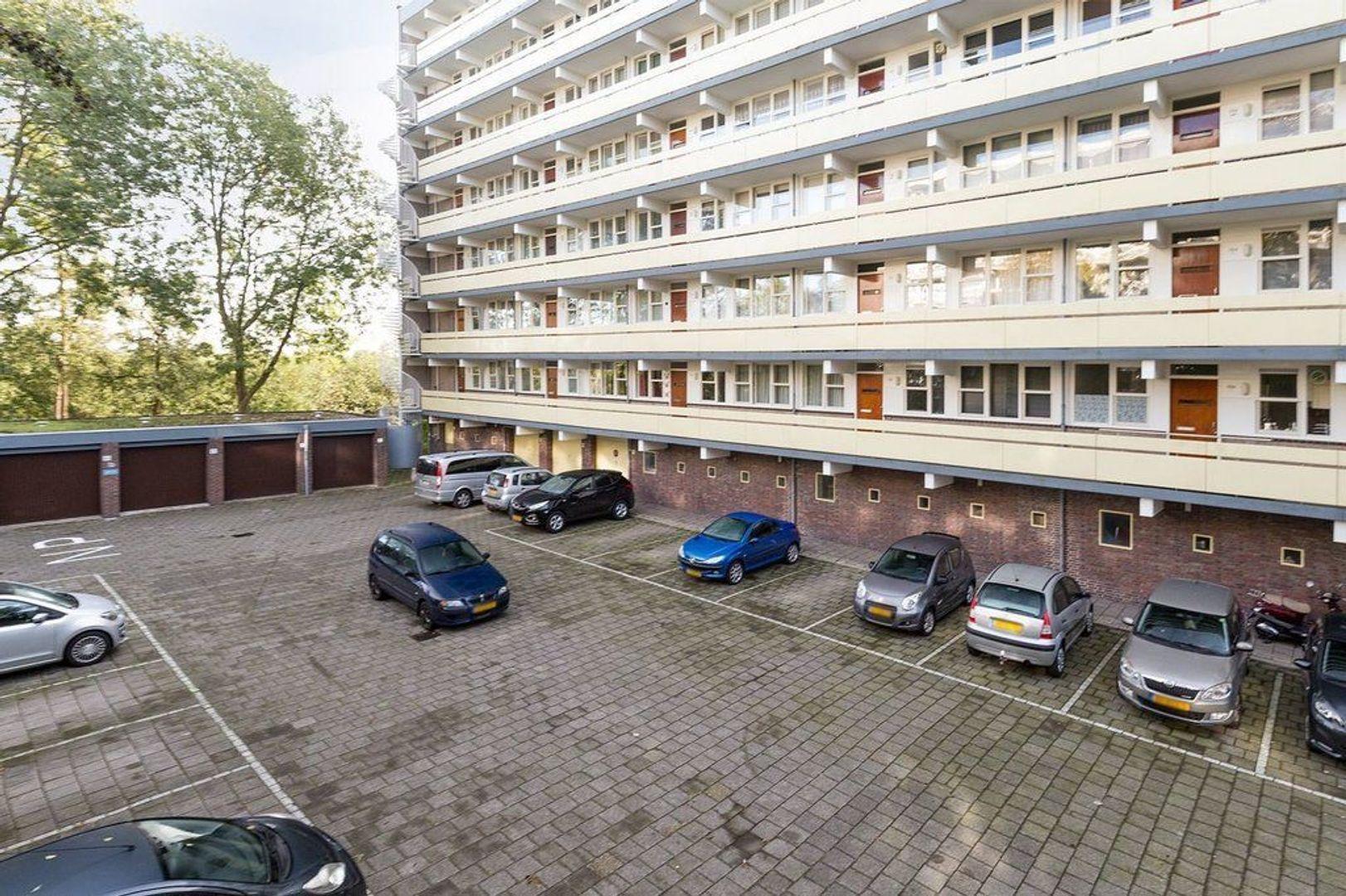 Isabellaland 1110, Den Haag foto-1